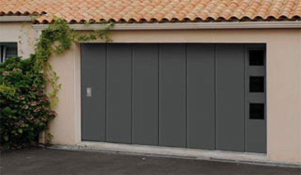 portes de garage coulissantes 4 lelandais fermetures lelandais fermetures. Black Bedroom Furniture Sets. Home Design Ideas